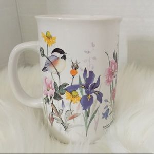 ❤️ 3/15 ❤️Floral and Birds coffee mug
